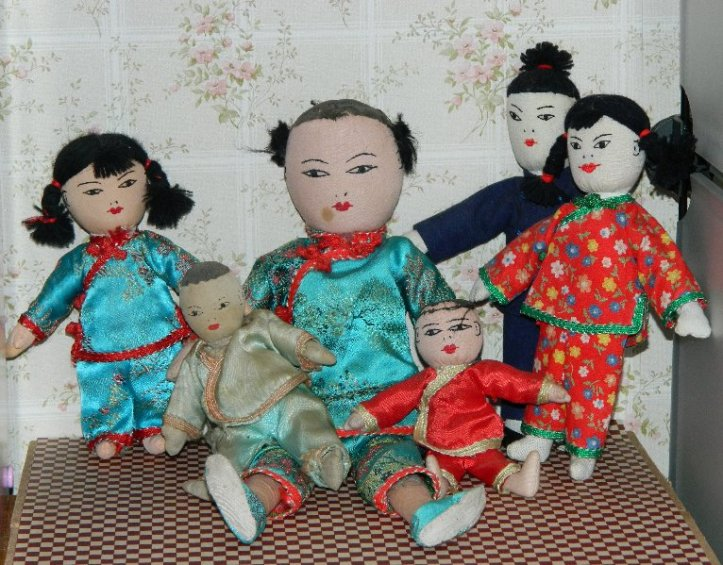 chinese cloth doll family