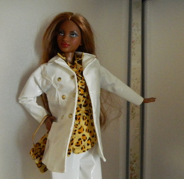 Black Basics Barbie 08 in a Fashion Avenue Trend City Syle from 1999