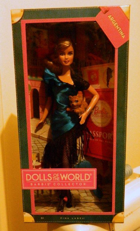 Miss Argentina still in her box.