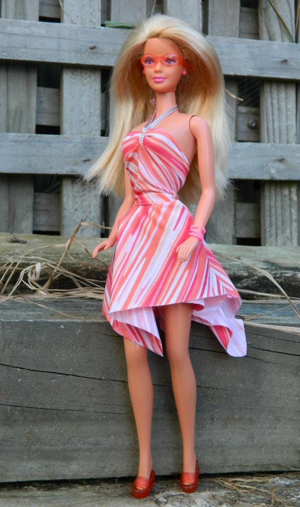 Samantha in the sundress.