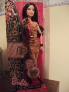 Fashionista Raquelle