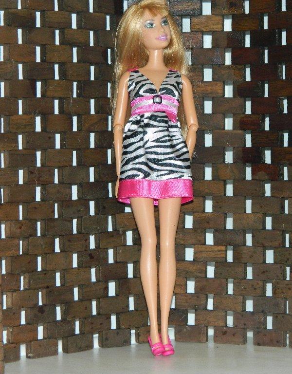 Sharon in zebra striped dress from Fashion Fever Zebra Closet
