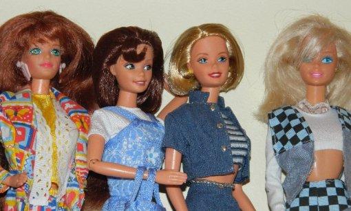 Roxanne with Gina, Sara and Lisa Two.