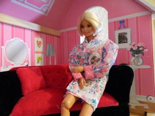Midge in Marissa's bedroom.