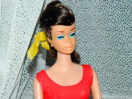 Brunette Swirl Ponytail Barbie