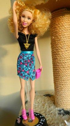 Fashionista Barbie 2015
