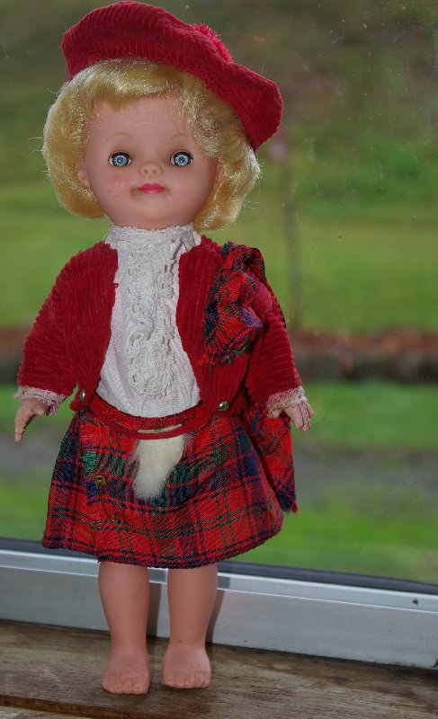 Scottish doll made as a souvenir doll, unmarked but probably a Roddy.