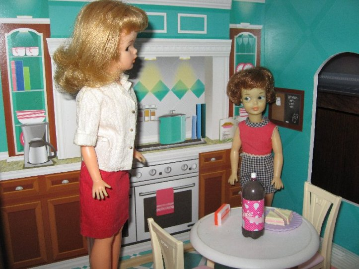 Pepper doubts Tammy's ability to cook a family dinner.