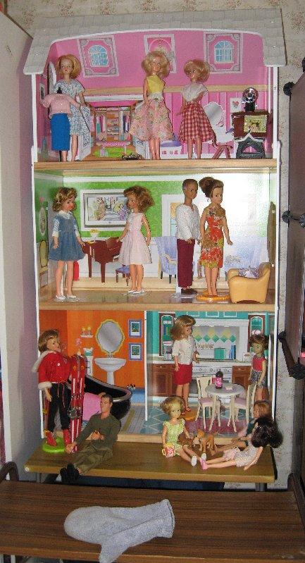 Dolls House 2016