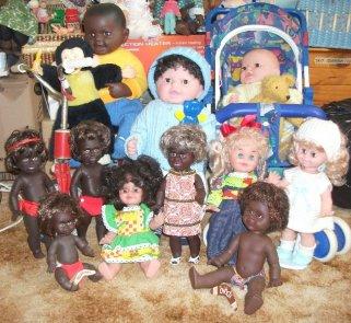 Netta and Metti dolls