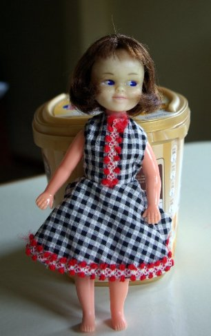 I think this doll is Posing Penny.