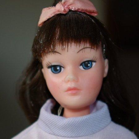 Brunette Dollikins by Uneeda circa 1970