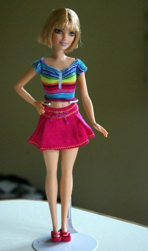 Petite Fashionista redressed in a Fashion Fever outfit.