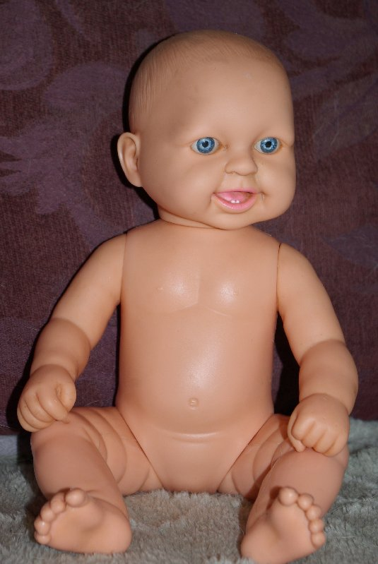 Baby doll by Tinkers.Marked tinkers 14155 TR 16 on head and 1473 Made in China on back.