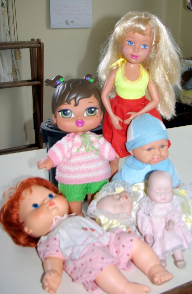 The dolls now departing