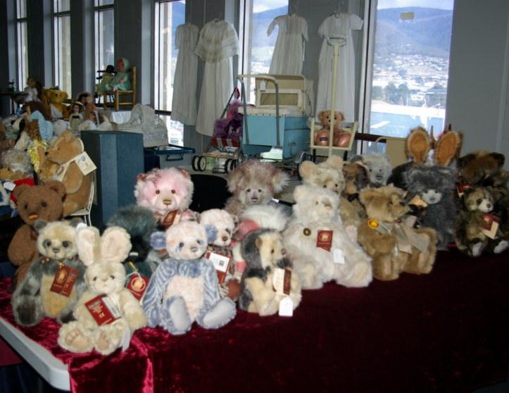 teddies for sale Hobart Doll Show