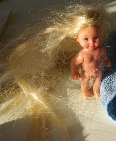 This Simba doll had really tangled hair.