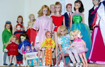 Repro dolls, vintage Barbie friends and children.