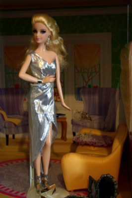 Barbie The Look City Shine