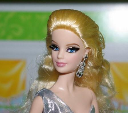 Barbie The Look City Shine