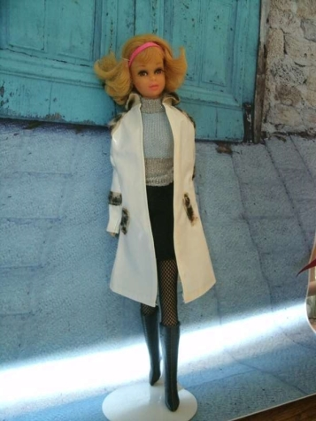 Francie looking very Mod. Clothes from different outfits.