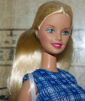 Pauline aka Fashion Wardrobe Barbie