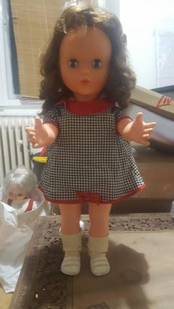 Mystery Doll -02