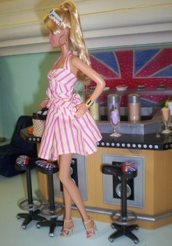 Top Model Resort Barbie
