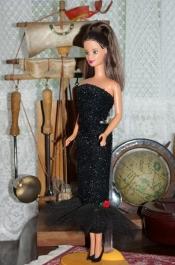 1998 Brunette Pretty in Plaid Barbie.